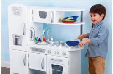 Duża kuchnia dla dzieci do gotowania w kolorze białym