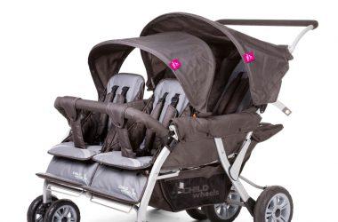 Spacerowy wózek dla czworaczków