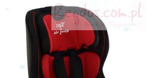 Samochodowy fotelik dla dziecka czerwony