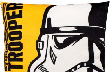 Dziecięca poduszka Star Wars Vader żółta