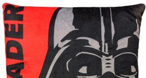 Dziecięca poduszka Star Wars Vader czerwona