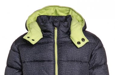 Dziecięca zimowa kurtka z kapturem ocieplana dla chłopca