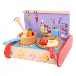 Drewniana kuchenka dla dzieci