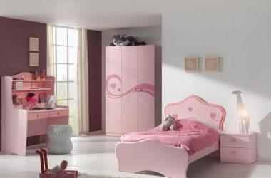 Różowa szafka nocna Lizzy