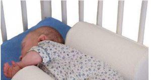 wałeczki dla niemowląt do łóżeczka