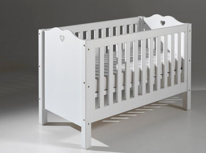 eczko dla dziecka bia e amori dla dziecka zabawki ubrania meble dzieci ce znajd sw j. Black Bedroom Furniture Sets. Home Design Ideas
