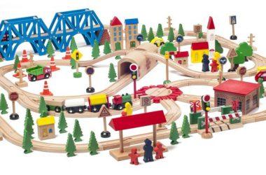 Drewniana kolejka dla dzieci Woody Woodyland